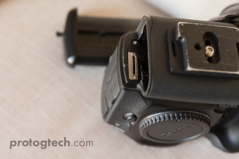 Now you'll be able to see an exposed area of the camera body that the battery normally covers.